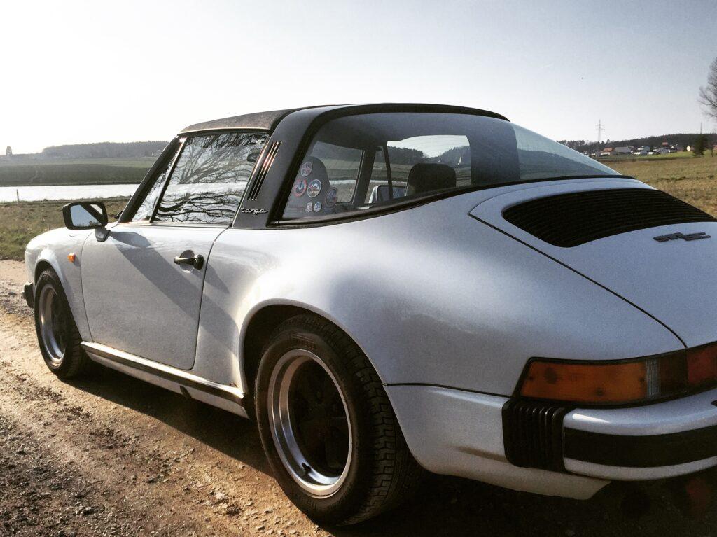 Porsche 911 SC Targa hinten